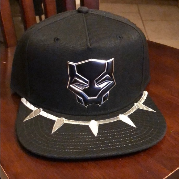 new product 2f81c 9e104 Marvel black panther snap back hat Cat new NWT tag